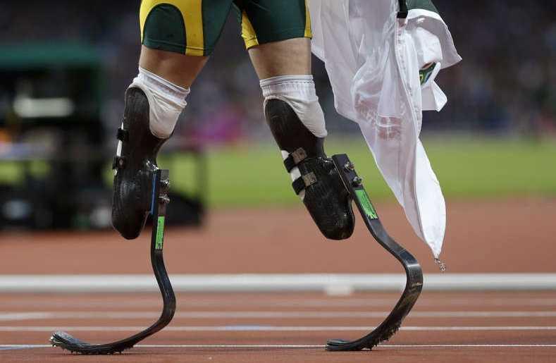 """Pistorius kallas """"Bladerunner"""" för sina speciella proteser. Foto: AP Scanpix"""