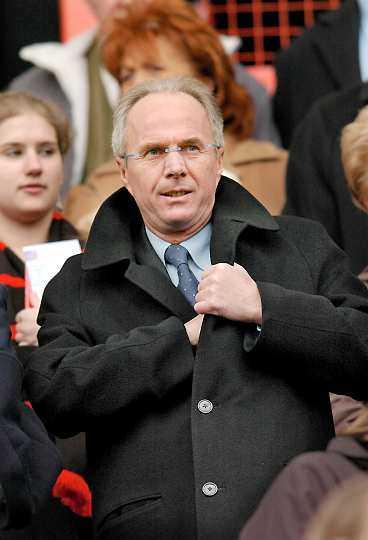Svennis har kontrakt som Englands förbundskapten till 2008.