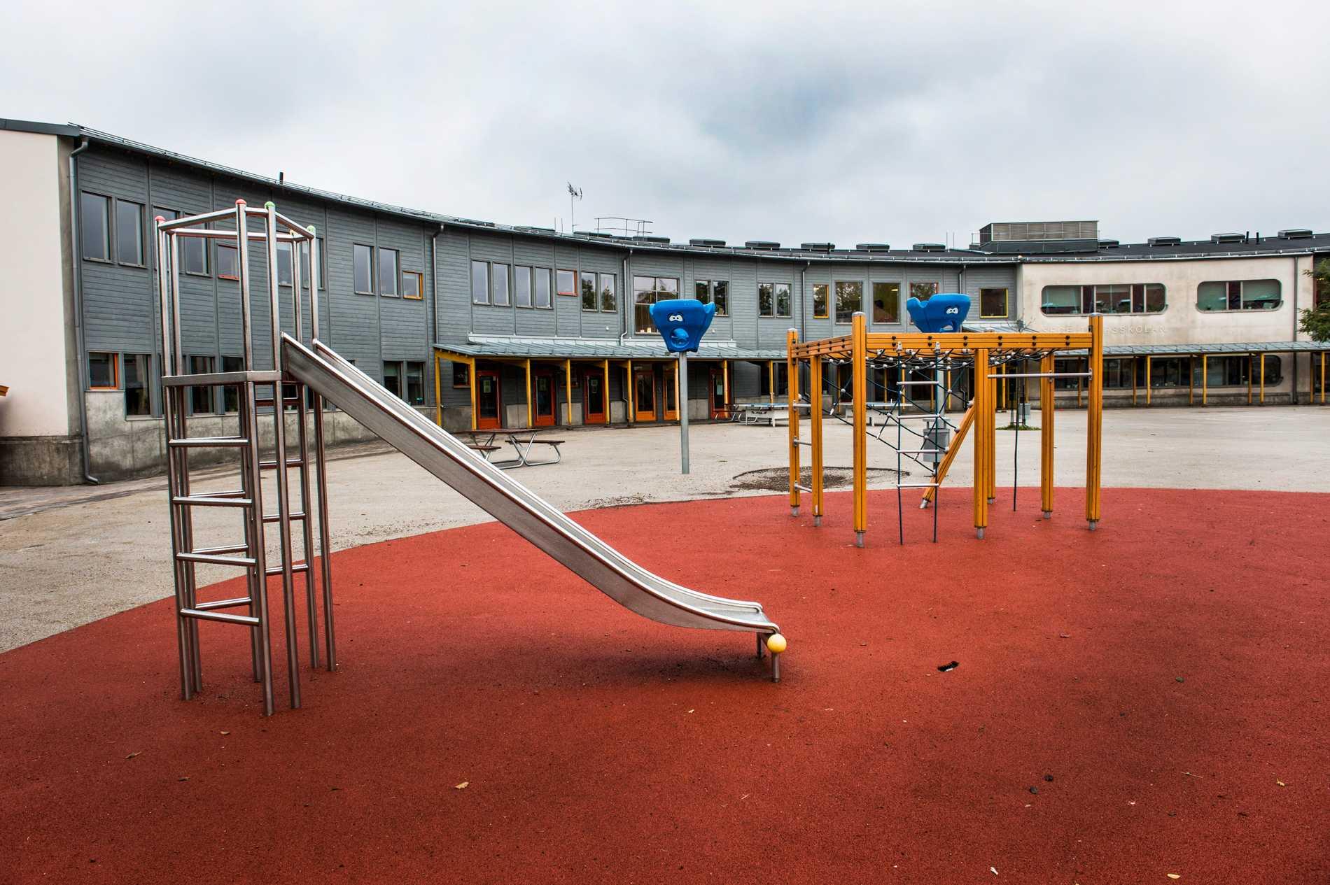 Tillfällig föräldrapenning om skolor stängs