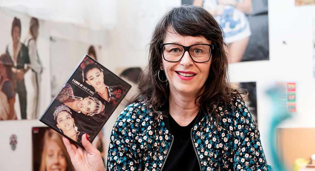 """Journalisten Anna Charlotta Gunnarson, aktuell med """"Kvinnorna som formade pophistorien""""."""