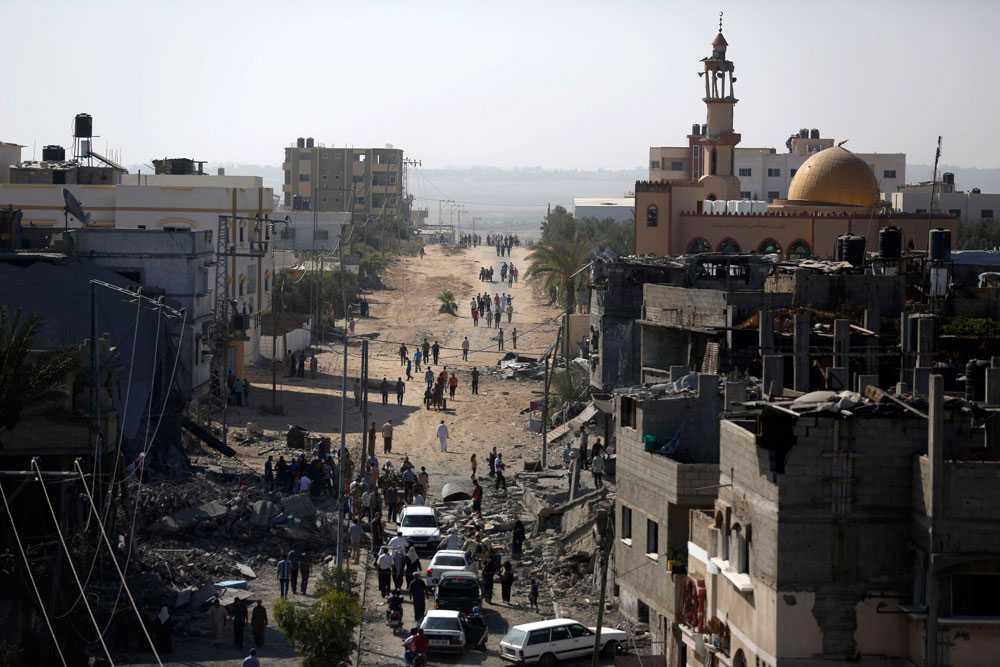 Natten till 2 augusti dör över 30 plestinier i israeliska angrepp i Rafah, där den israeliske soldaten ska ha förts bort. På lördagen tar Hamas militära gren på sig ansvaret för attacken då Hadar Goldin ska ha förts bort, men säger att den troligtvis inleddes innan eldupphör och därför inte bröt mot vapenvilan. Hamas säger också att man inte vet något om Goldin och har tappat kontakten med stridsgruppen som utförde attacken. – Vi tror att alla i gruppen, inklusive soldaten, dog i en israelisk flygräd, säger Hamas.