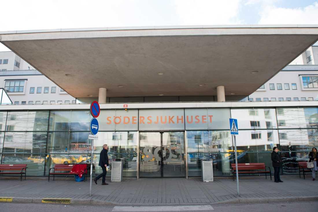 Södersjukhuset i Stockholm pausar den allmänna mammografiscreeningen efter att flera i personalen vid Bröstcentrum testat positivt för covid-19. Arkivbild.