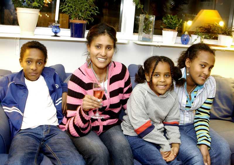 2005 fick familjen glädjebeskedet om Dawits frigivning. Det visade sig vara falskt.