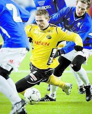 Svensson känner inte av skadan och går för fullt.