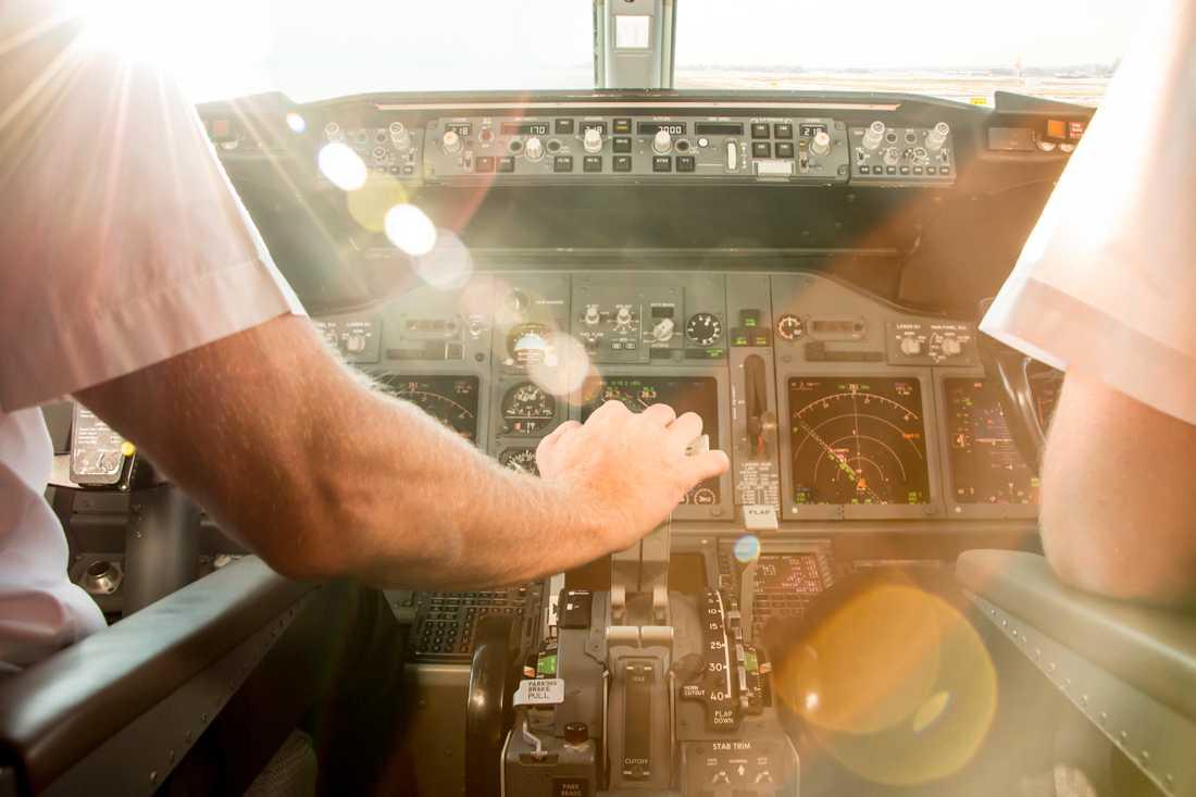 Piloter får en del frågor av undrande barn.