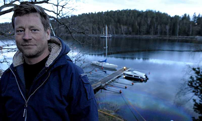Olle Bengtson lyckades krossa bilens bakruta och få ut kvinnan.