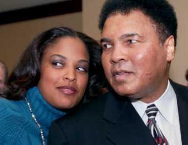 Laila Ali med sin pappa, boxningslegendaren Muhammad Ali.