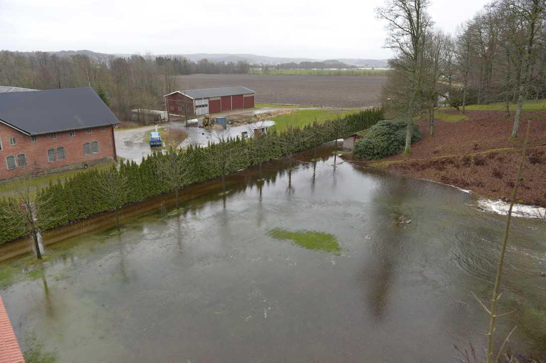 Översvämning vid Thorskogs slott i Lilla Edet.