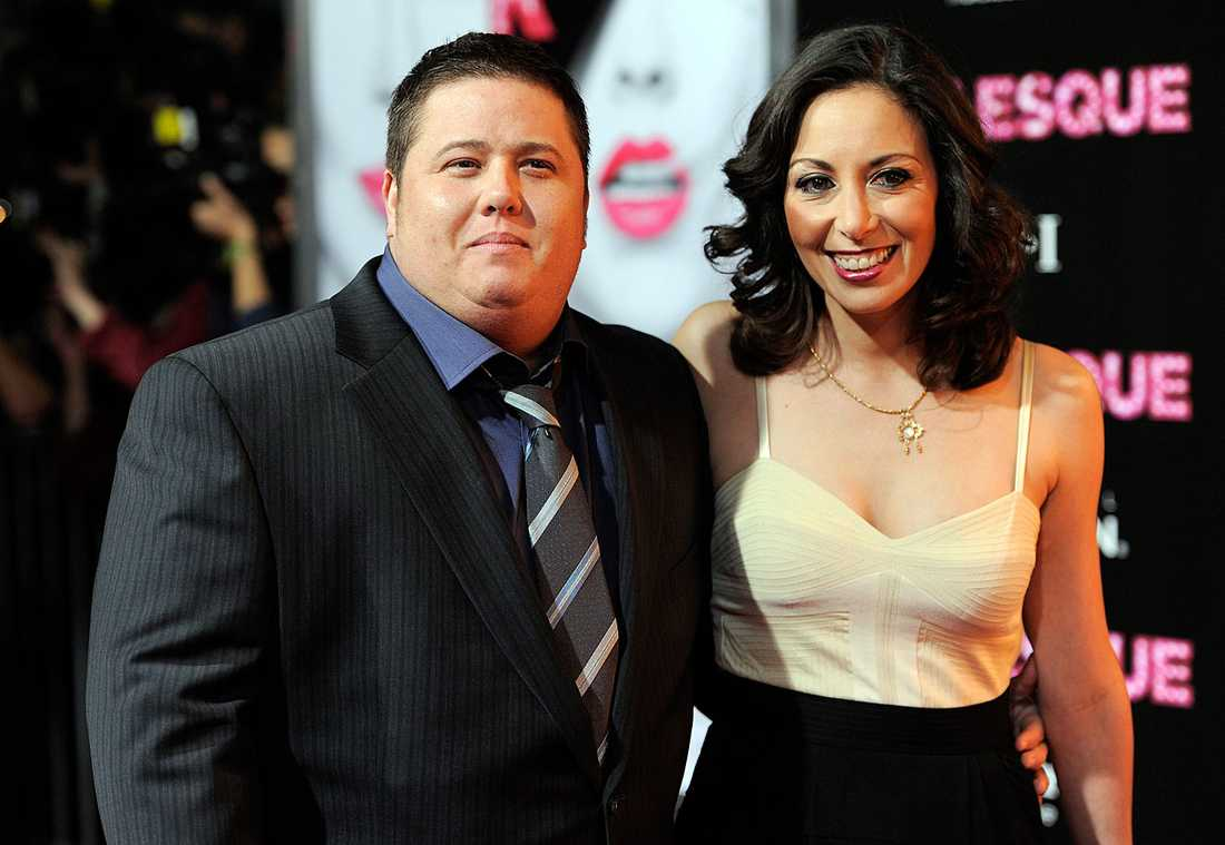 Chaz Bono tillsammans med före detta flickvännen Jennifer Elia.