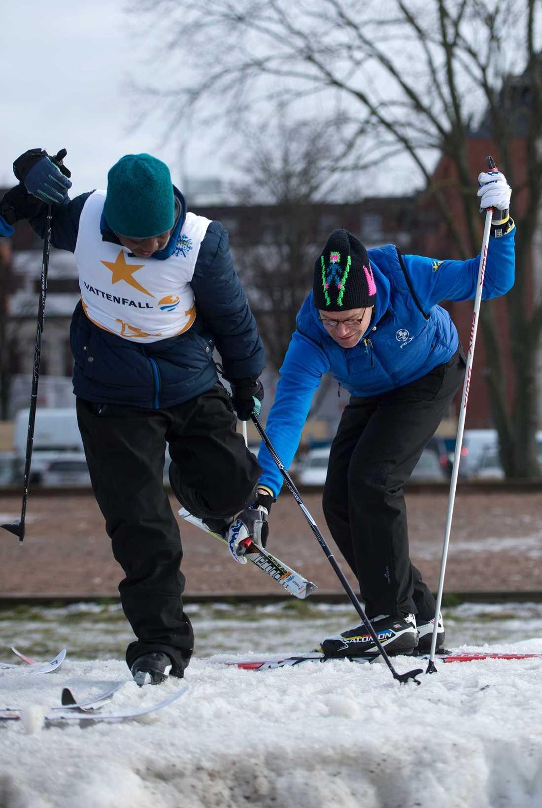 Prins Daniel deltog i Alla på snö, på Gärdet i Stockholm.