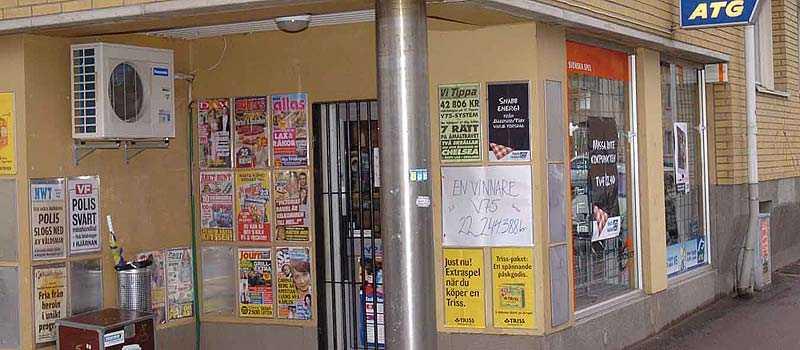 Tre miljonvinnare hade lämnat in sina kuponger hos Magnus Tobak & Tips i Karlstad.