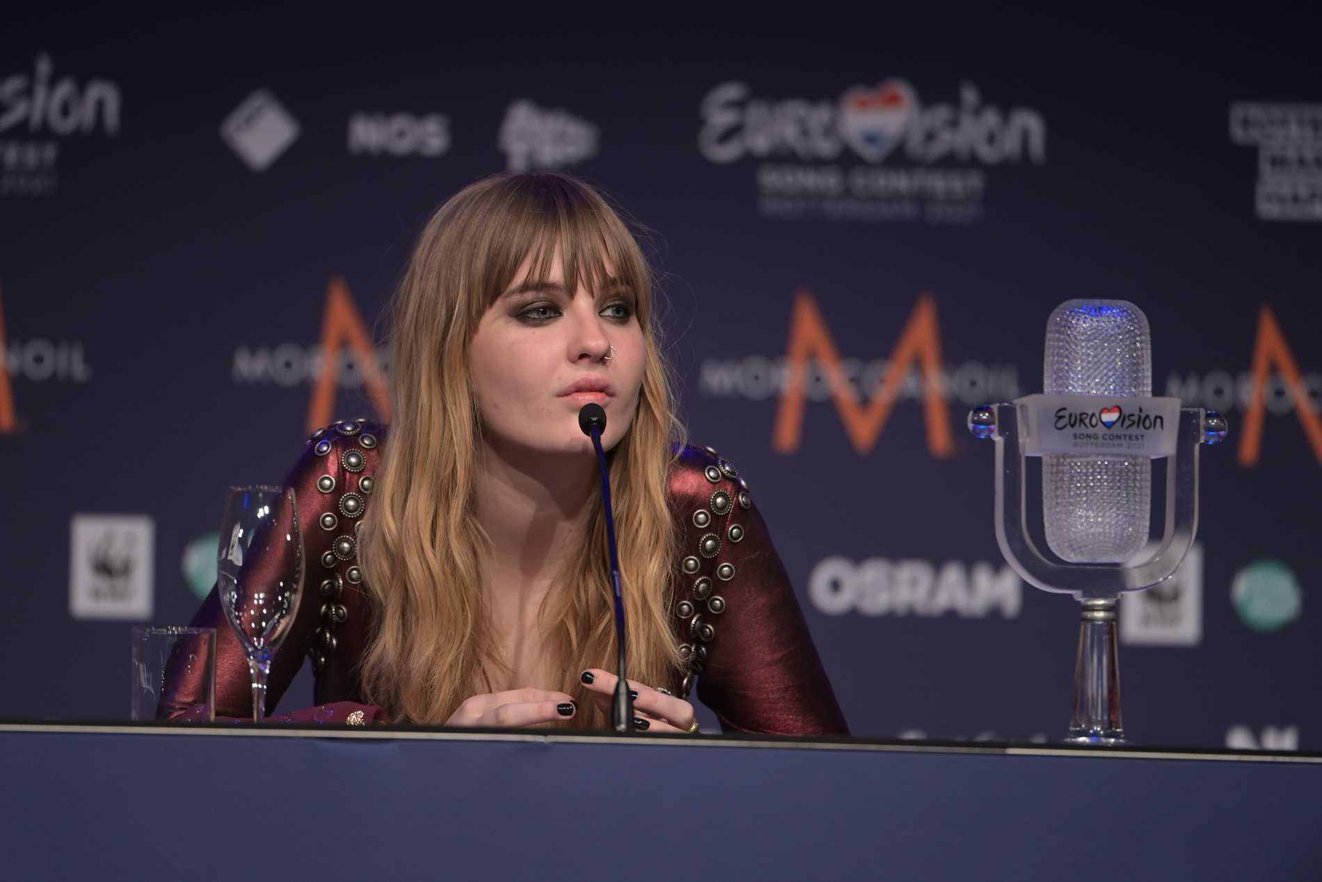 Victoria De Angelis är halvdansk och föreslog bandnamnet Måneskin