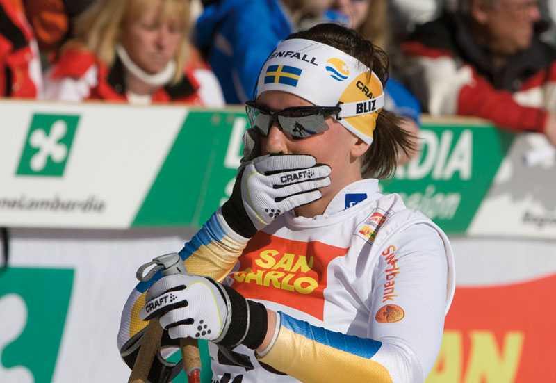 Isolerar sig Charlotte Kalla och hennes landslagskollegor hyr ett eget hotell under VM. Allt för att minimera riskerna att åka på långdragna förkylningar – som stört gruppen under säsongen.