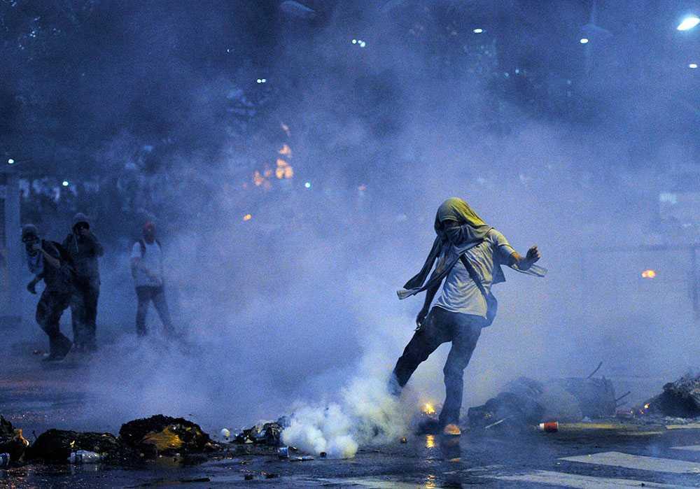 Sammanstötningar Demonstranter och polis stötte samman under onsdagen.