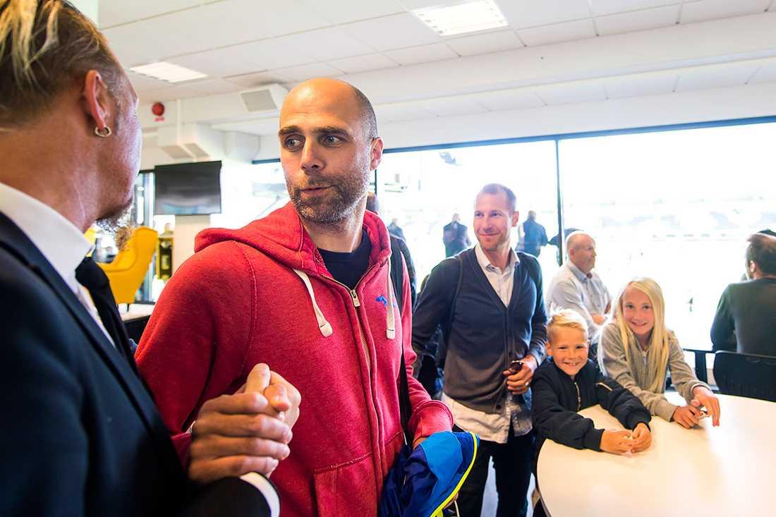 Teddy Lucic tränar i dag Holmalund.