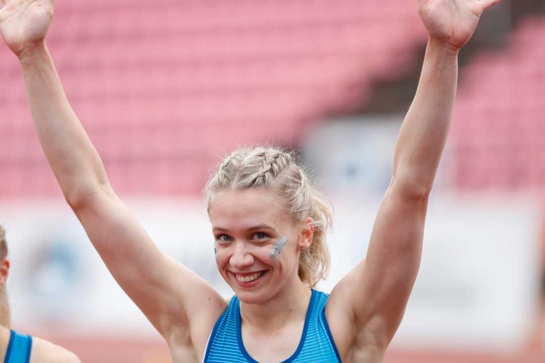 Lotta Kemppinen tog silver på 60 meter.