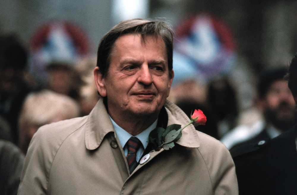 Olof Palme på 1:a maj-demonstration 1985.
