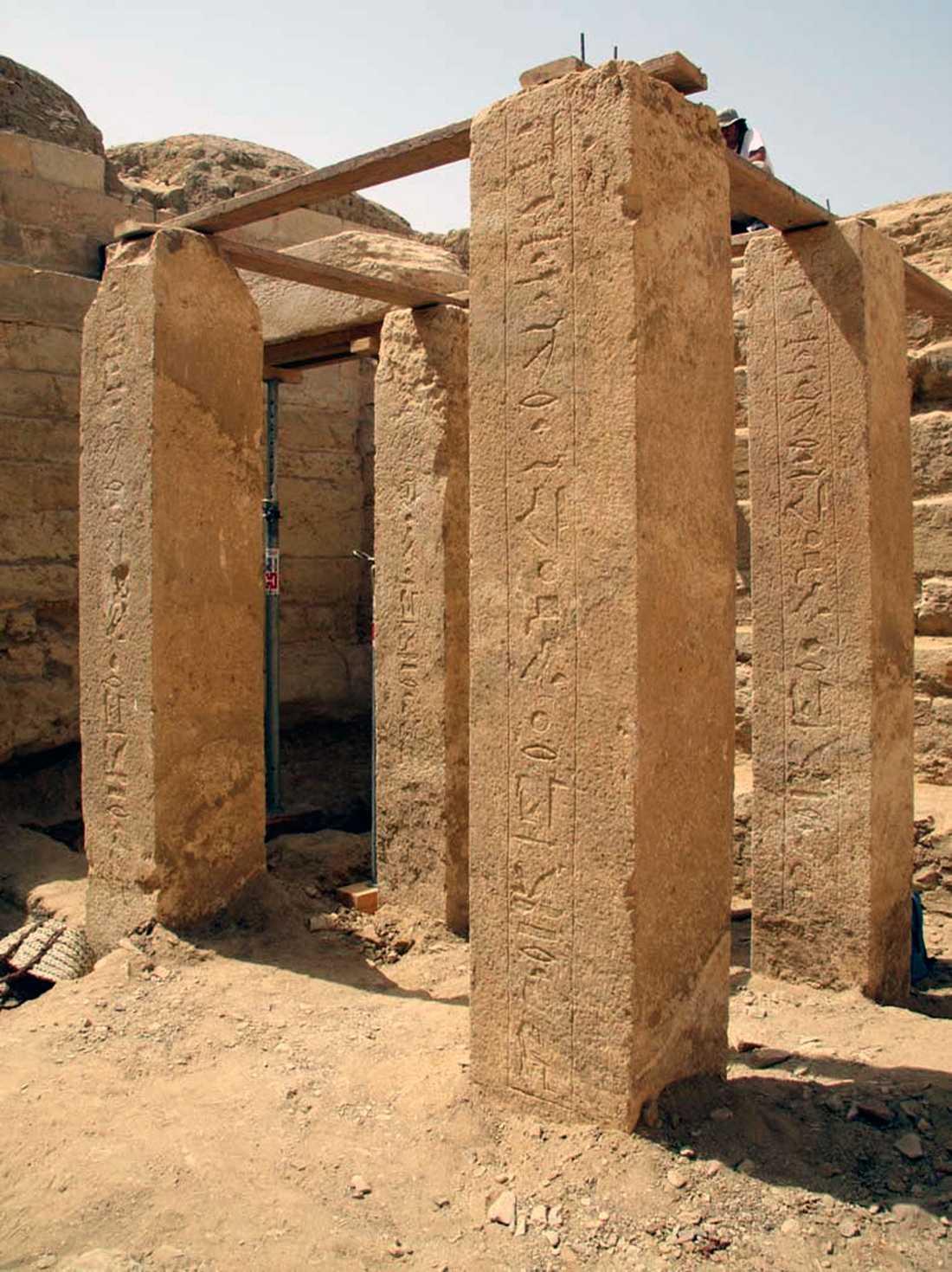 Bild från Abu Sir, där många faraoniska gravar hittats.
