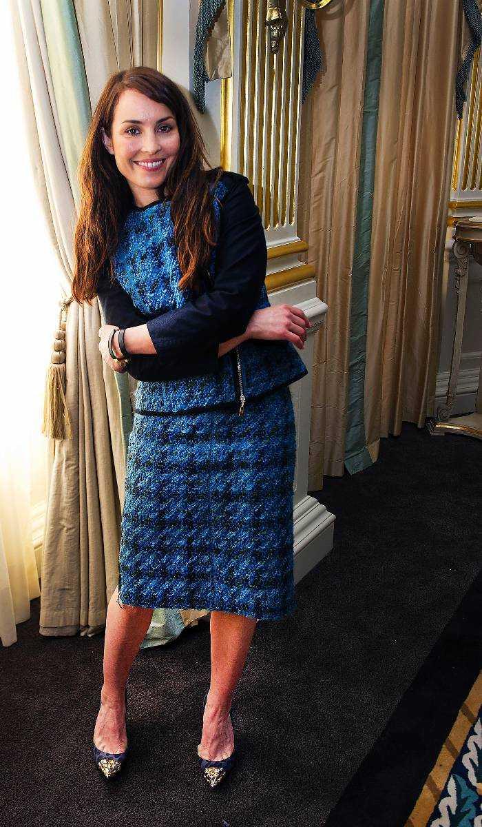 KLÄDD FÖR SUCCÉ Noomi Rapace är klädd i Louis Vuitton från topp till tå när hon tar emot Nöjesbladet i London.