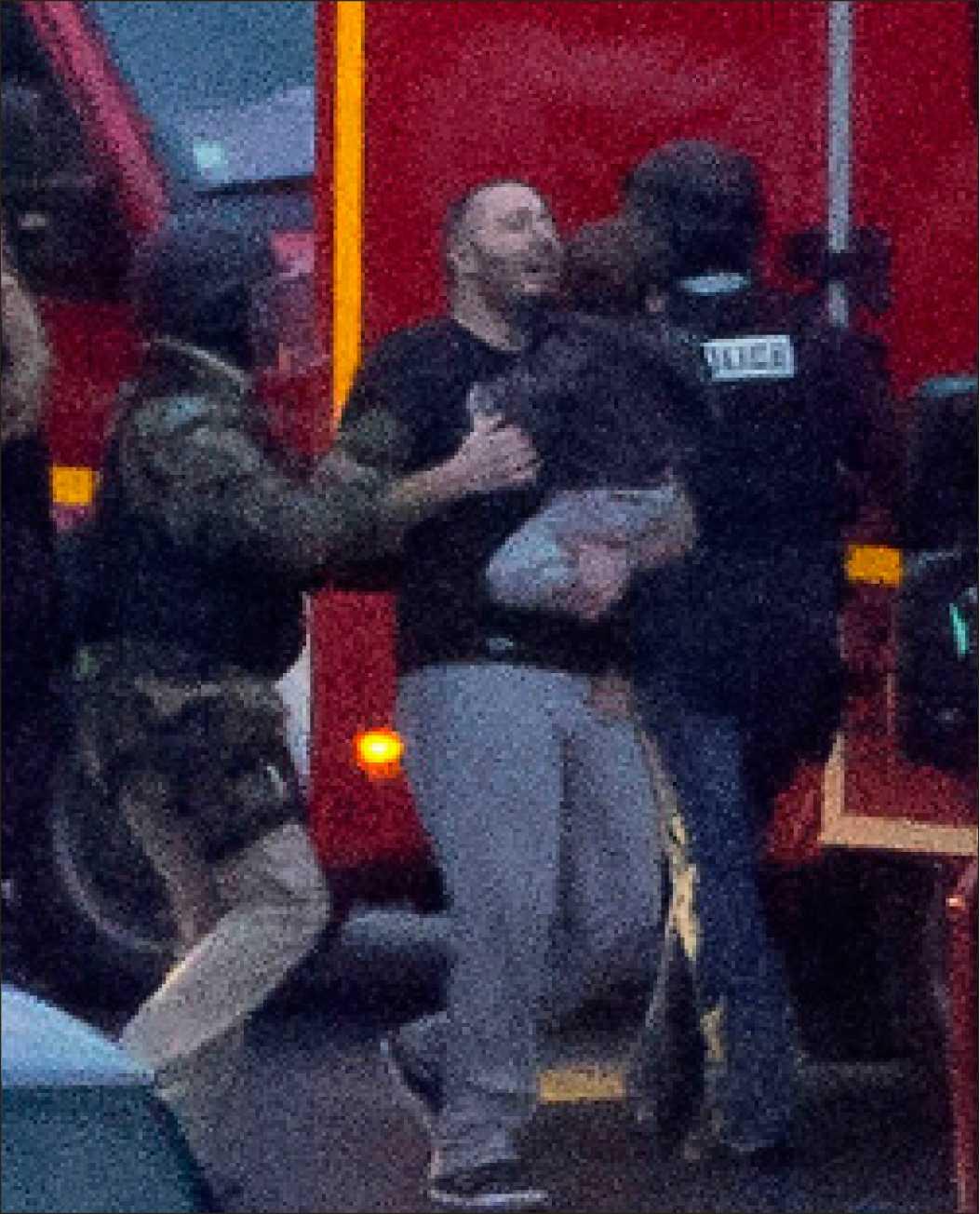 Gisslan fritas efter att Amedy Coulibaly hållit dem fågna i flera timmar i en kosherbutik i Paris. Coulibaly sköts till döds när fransk polis stormade butiken.