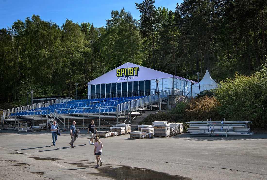 Här är Sportbladets läktare och exklusiva tält under hela Elitloppshelgen.