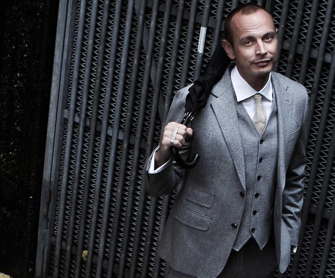 """Adhd:n har påverkat Petter Askergren, 36, sedan barnsben. Men det är först nu han fått diagnosen på papper. I nya singeln """"Krafter"""" fördjupar han sig i upptäckten."""