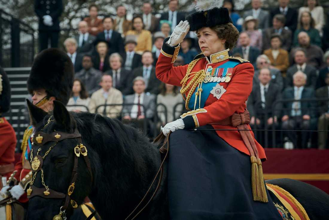 """Olivia Colman som drottning Elizabeth i fjärde säsongen av """"The crown""""."""