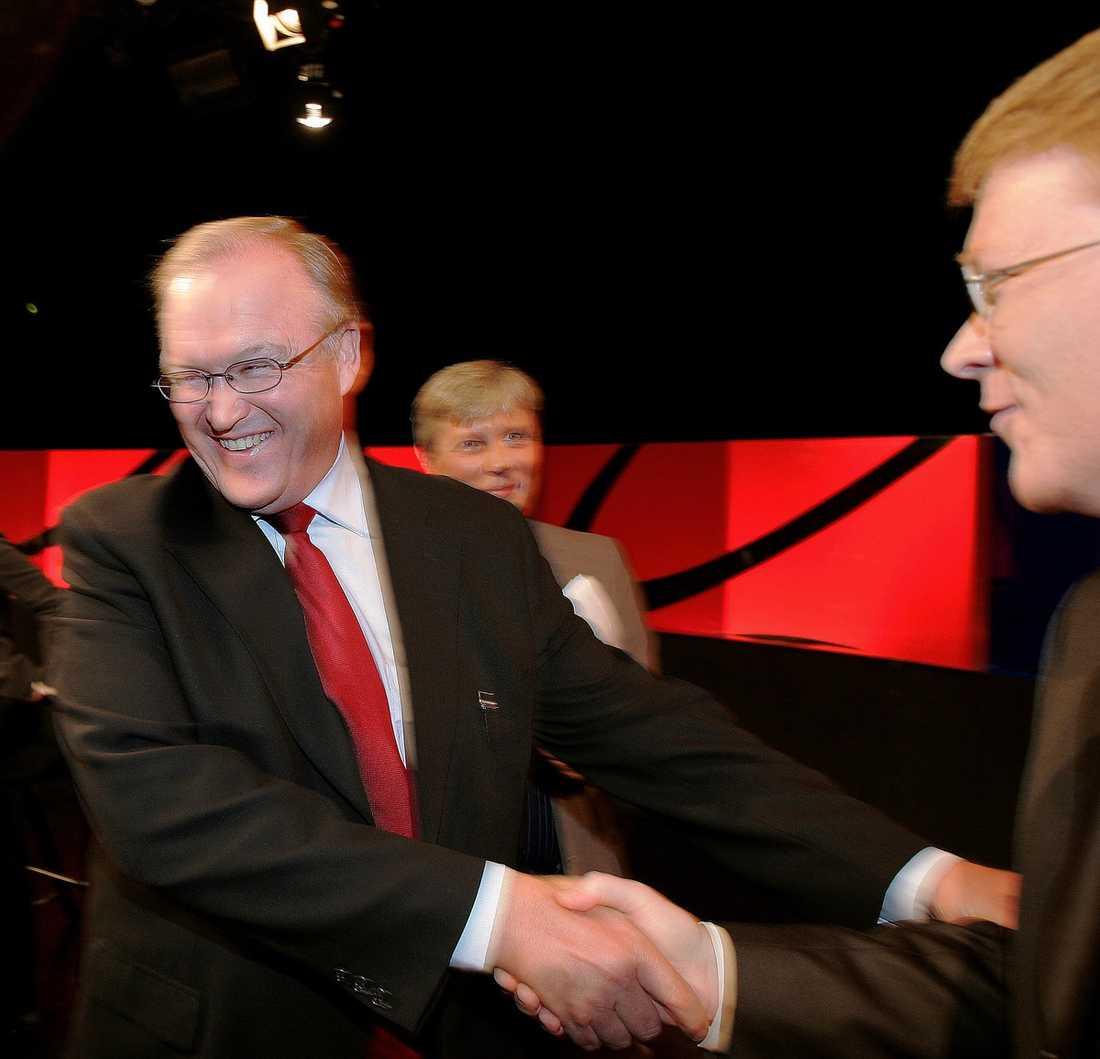 """SPELAR FULT Lars Adaktusson berättar i sin nya bok om Göran Perssons psykningar innan direktsändningarna i SVT:s Agenda: """"Han ville visa vem som hade makten"""", säger han. Persson kallade bland annat Pär Nuder för """"din lilla skit""""."""