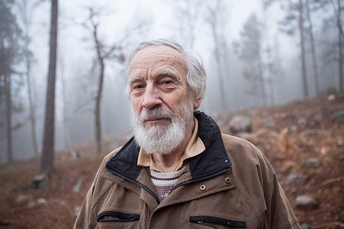 Herbert Henkel, tidigare ordförande i Sollentuna naturskyddsförening, är en av dem som upprörts över ingreppen i naturen.