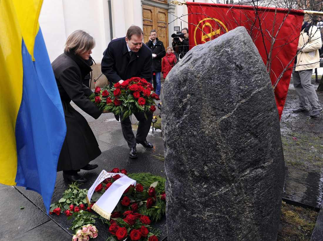 Olof Palme är begravd på Adolf Fredriks kyrkogård i Stockholm.