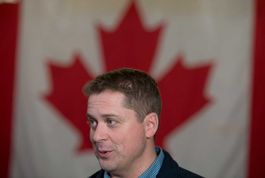 Den kanadensiske oppositionsledaren Andrew Scheer ifrågasätts för att han har dubbla medborgarskap.