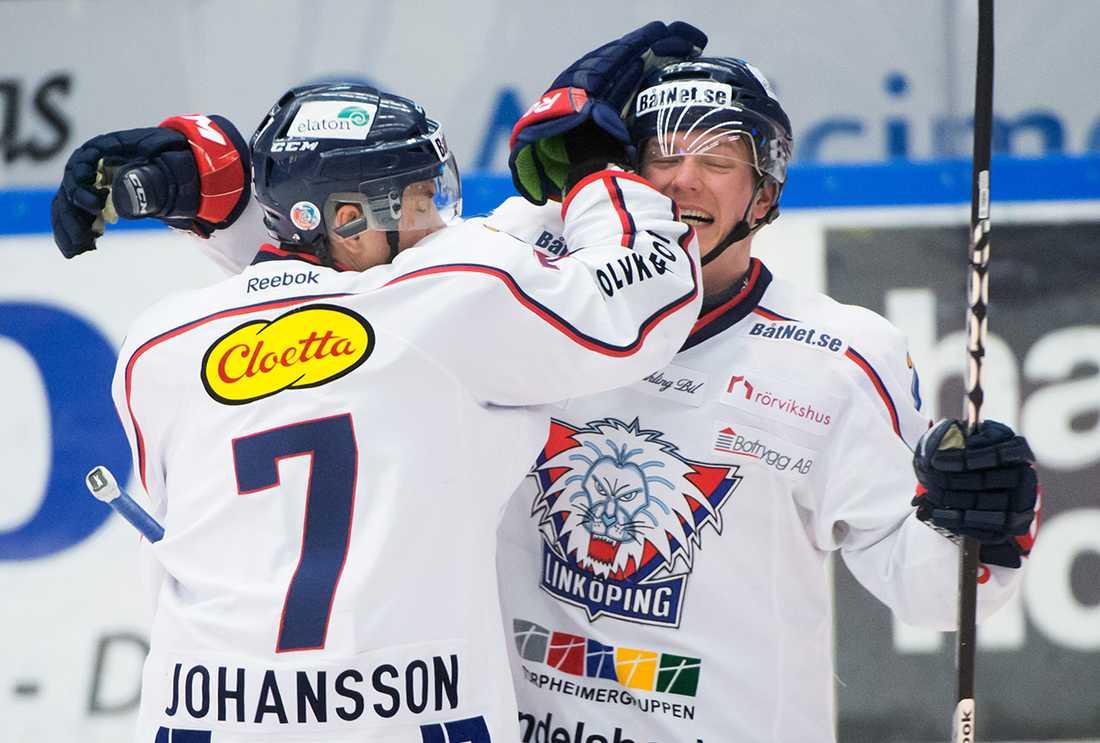 Patrik Zackrisson, 26, blåstes på sitt KHL-kontrakt. Nu har förre Linköpingsforwarden gjort klart med en ny klubb i samma liga.