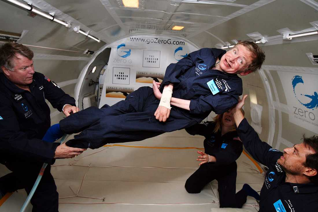 Hawking i tyngdlöst tillstånd 2007.