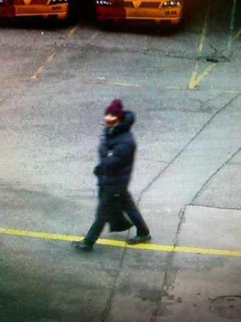 Danska polisen har släppt en bild på person de letar efter i samband med terrordådet.