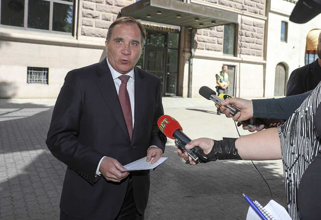 Statsminister Stefan Löfven (S) utanför Rosenbad.