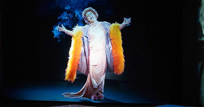Robert Fux som Zarah Leander på Spritmuseum i Stockholm. Foto: Per  Myrehed