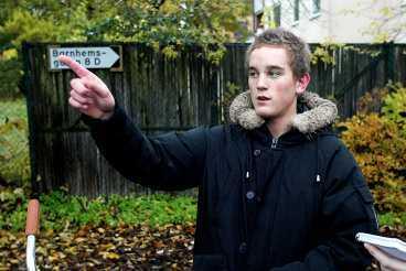 """Viktor Vieland, 16, hörde ett barn skrika nere på Åsgatan. """"Ljudet lät konstigt, skärrat liksom."""""""