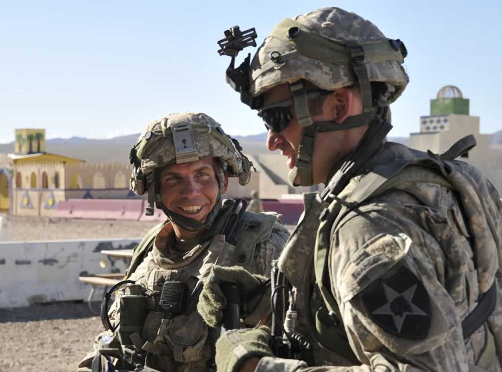 Den amerikanska soldaten Robert Bales misstänks för massakern på 16 afghaner.