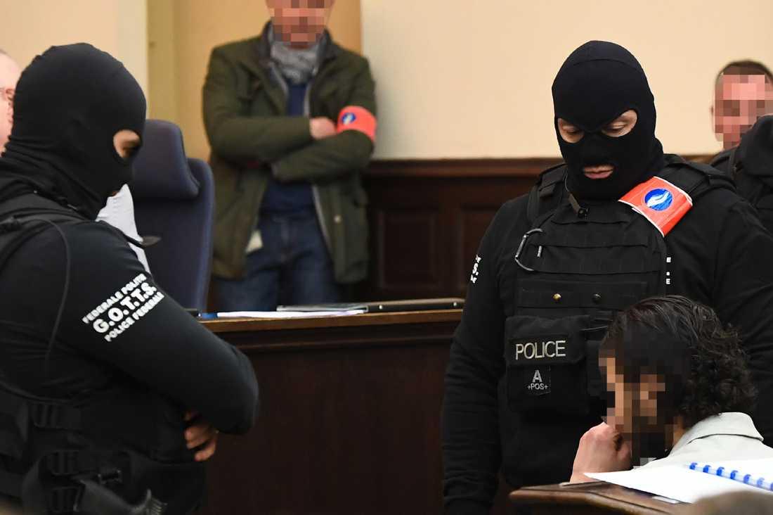 Salah Abdeslam i rättssalen.