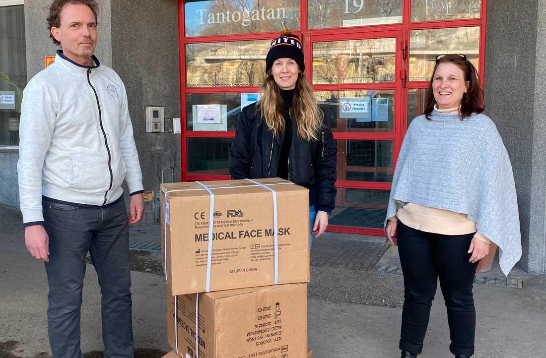 Pernilla Andersson Dregen köpte in skyddsutrustning till hemtjänsten i Stockholm.