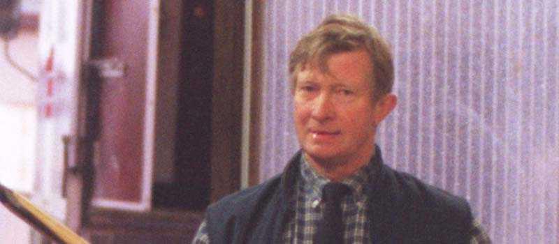 Mantorpstränarna kräver att Anders Darenius slutar som banveterinär.