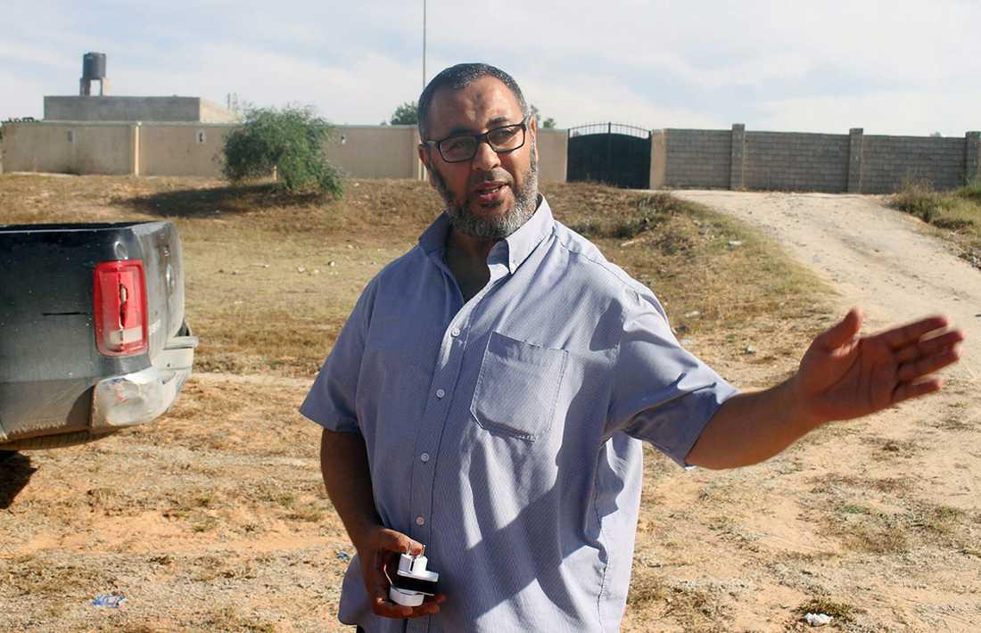 Abedis pappa, intervjuad av Reuters i Libyen.
