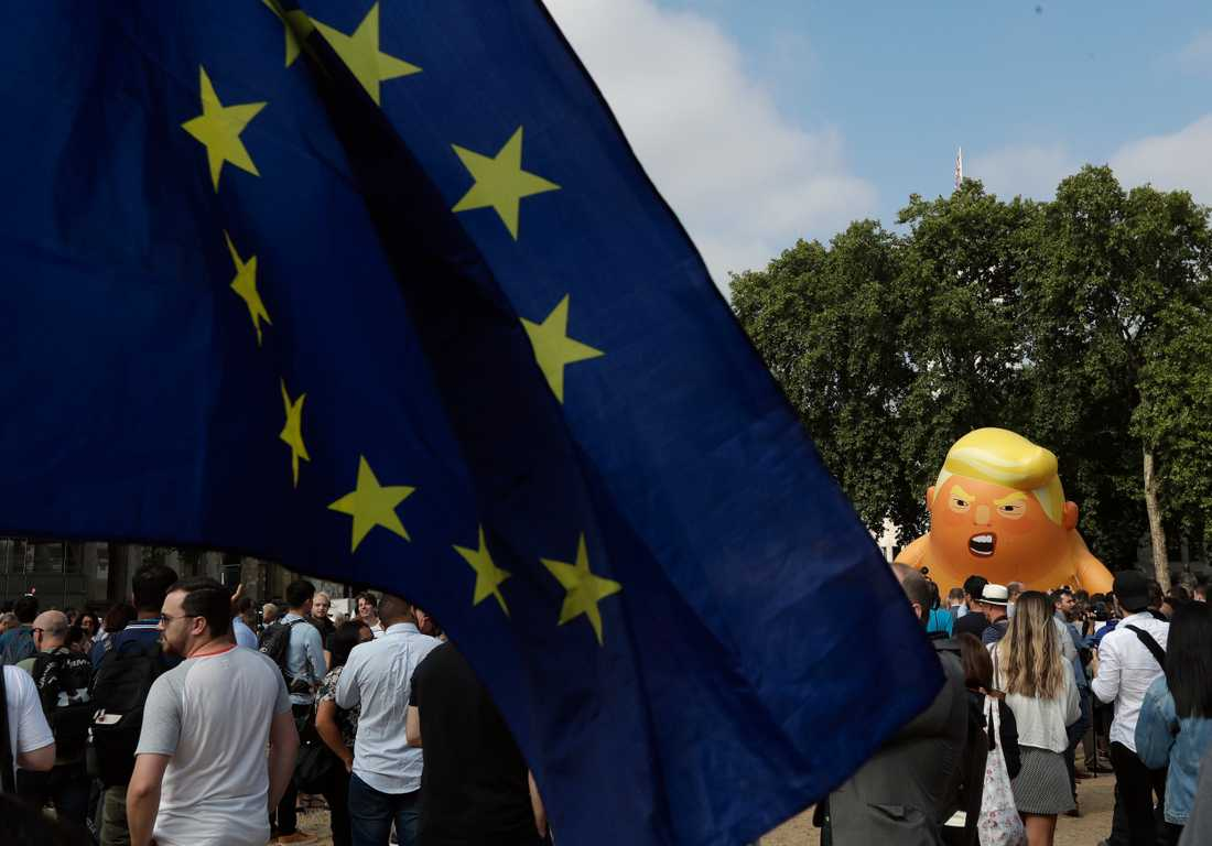 En ballong med Donald Trump som en jättebebis mötte den amerikanske presidenten när han besökte London sist. I dag inleder han ett nytt statsbesök Storbritannien.