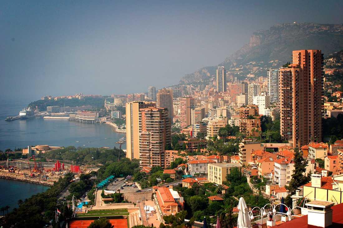 VÄRLDENS MEST LÅNGLIVADE Enligt Världshälsoorganisationen WHO:s stuide från 2013 lever medborgarna i Monaco längst i världen, 87,2 år i snitt (män 85,3 år, kvinnor 89 år).