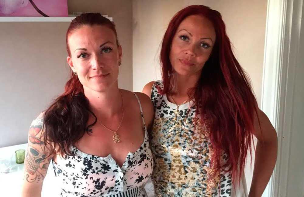 Emma Laine tillsammans med sin syster Ann-Marie.