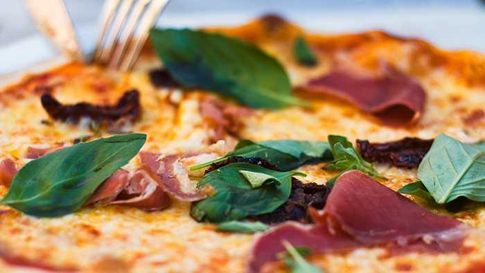 Hemgjord pizza – goda recept till vardag och fest