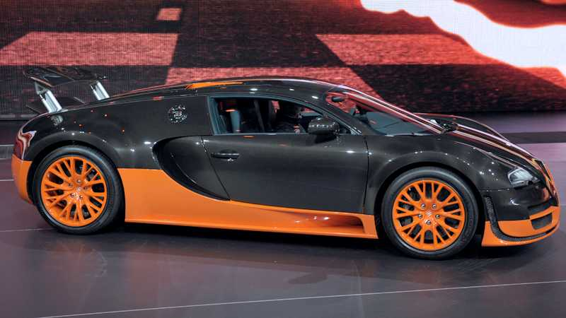 Bugatti Veyron Super Sport avslutar Veyron-serien 2012. Foto: Scanpix