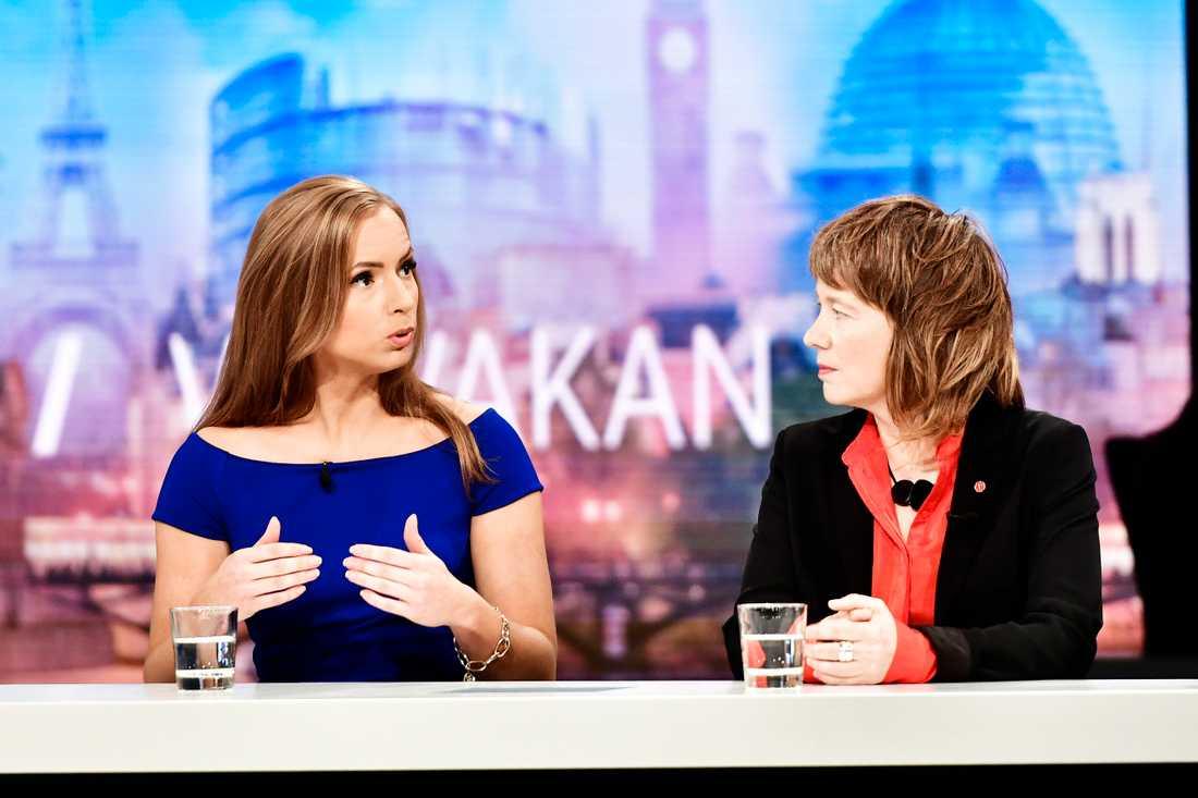 Sara Skyttedal (KD) och Malin Björk (V) i SVT:s valvaka.