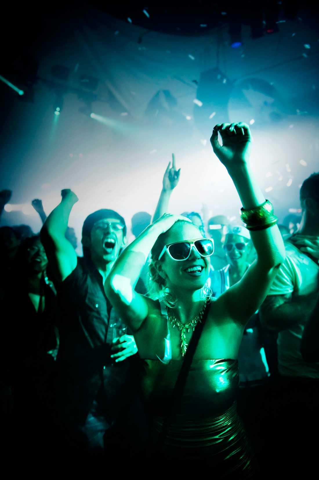 """Boken """"Dj-liv"""" skriver plattmixarnas historia från det sena sextiotalets discofrö till nollnolltalets svartklubbar. Foto: David Magnusson/SvD"""