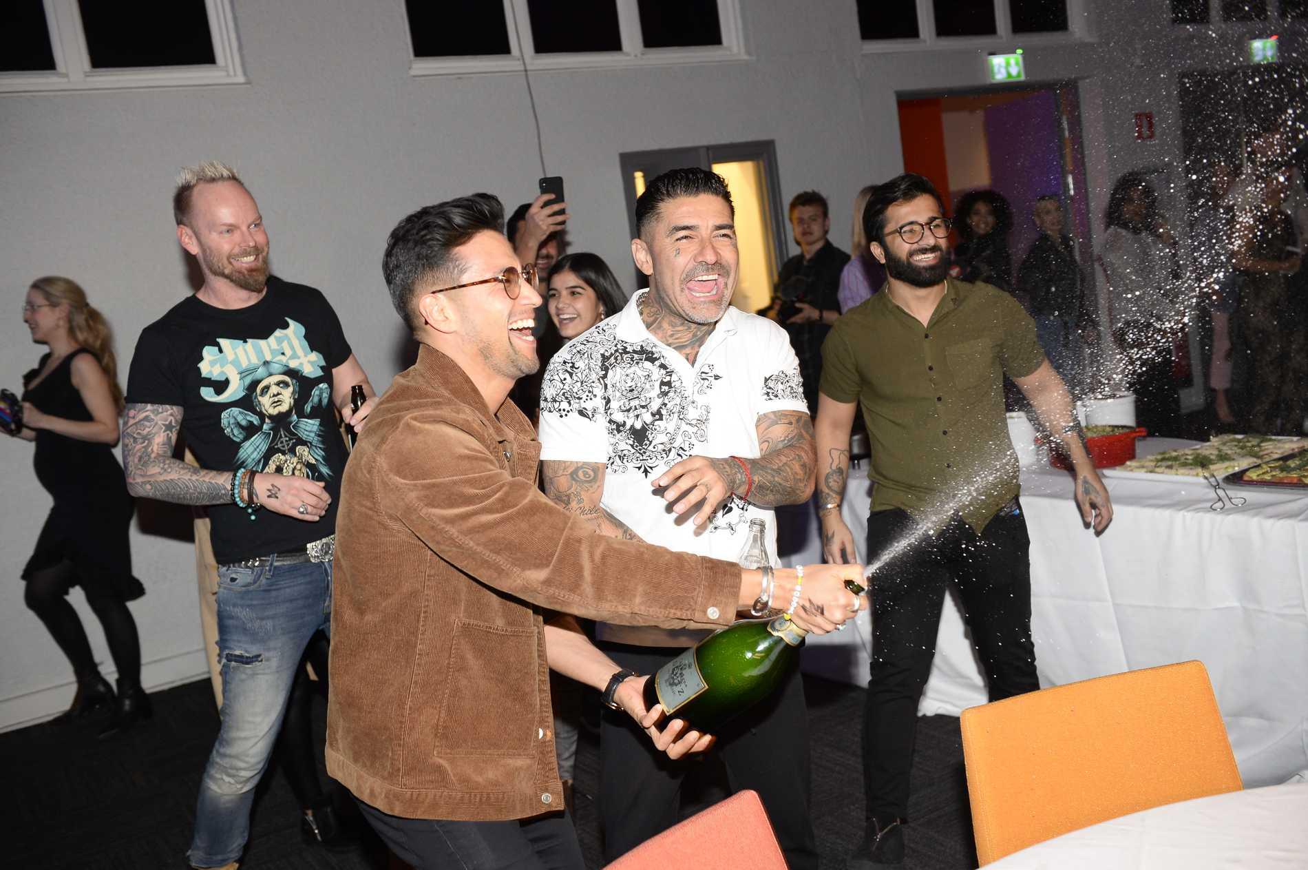 Mendez och Alvaro vann kvällens tightaste duell, vilket de såg till att fira.
